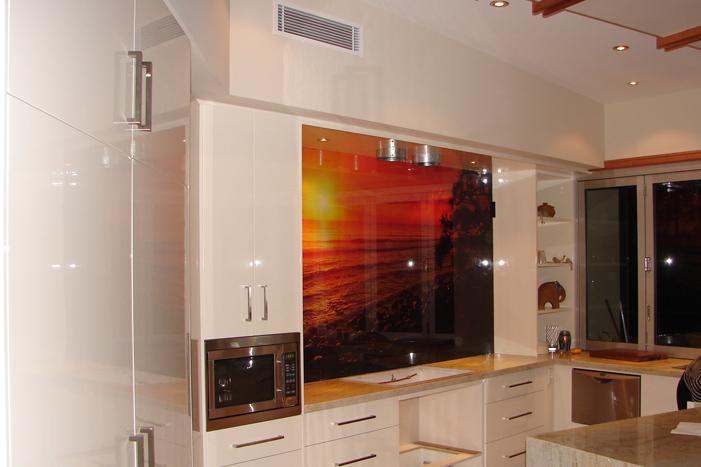 Domestic kitchen splash back 01