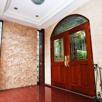 ประตูและช่องแสงสำเร็จ Doors and Light Gap Success
